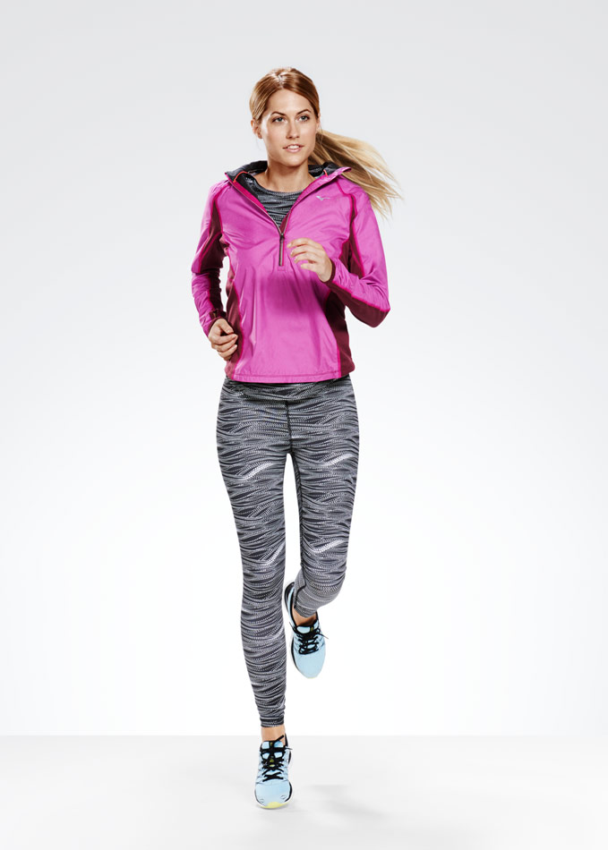 Female_Running_01_011_w3a